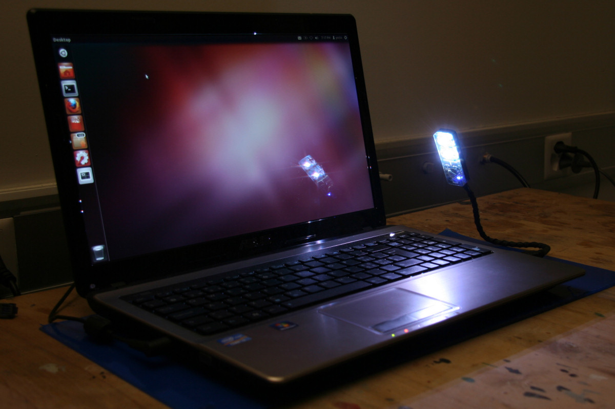 A Color Usb Led Light For Laptops