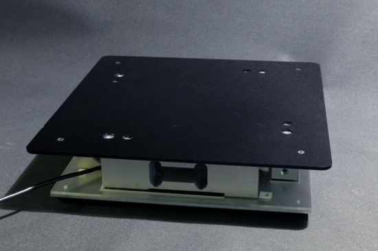 One of the weighing machines that we built to test the Yocto-MaxiBridge