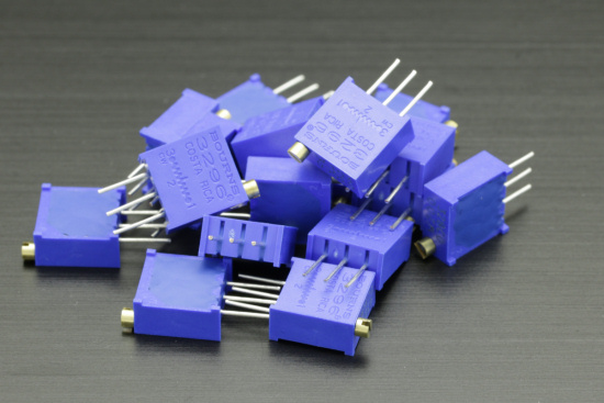 The resistors can be replaced by trimmers